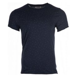 Mustang T-Shirt Męski Aop Xxl Ciemnoniebieski. Czarne t-shirty męskie marki Mustang, l, z bawełny, z kapturem. Za 149,00 zł.