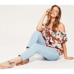 Bluzki asymetryczne: Bluzka typu hiszpanka - Różowy