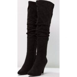 Miss Selfridge KASEY Muszkieterki black. Czarne buty zimowe damskie Miss Selfridge, z materiału. W wyprzedaży za 233,35 zł.