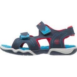 Timberland ADVENTURE SEEKER Sandały trekkingowe navy/blue/red. Niebieskie sandały chłopięce marki Timberland, z gumy. Za 189,00 zł.