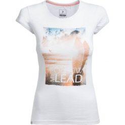 T-shirt damski TSD617 - biały - Outhorn. Białe t-shirty damskie Outhorn, z bawełny. W wyprzedaży za 24,99 zł.