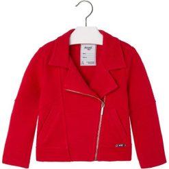 Kurtka w kolorze czerwonym. Czerwone kurtki dziewczęce marki Reserved, z kapturem. W wyprzedaży za 84,95 zł.