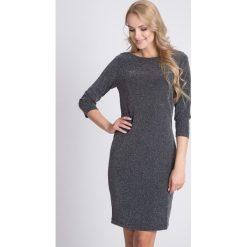 Sukienki balowe: Czarna sukienka z metalicznym połyskiem QUIOSQUE