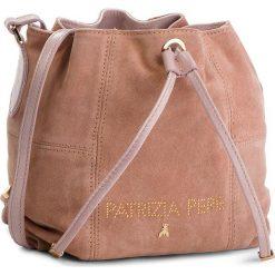 Torebka PATRIZIA PEPE - 2V8368/A4M9-M344 Cloud Rose. Czarne torebki worki marki Patrizia Pepe, ze skóry. W wyprzedaży za 799,00 zł.