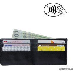 Skórzany męski portfel SLIM z blokadą RFID. Czarne portfele męskie marki Pakamera, ze skóry. Za 190,00 zł.