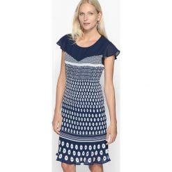 Sukienki balowe: Wzorzysta plisowana sukienka midi
