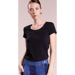 Escada Sport Tshirt basic black. Czarne t-shirty damskie Escada Sport, xs, z bawełny. Za 269,00 zł.