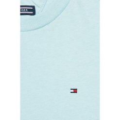 Tommy Hilfiger - T-shirt dziecięcy 122-176 cm. Białe t-shirty chłopięce marki TOMMY HILFIGER, z bawełny, z okrągłym kołnierzem. W wyprzedaży za 89,90 zł.