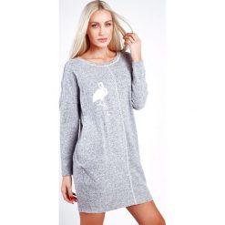 Sukienki: Sukienka z flamingiem jasnoszara 1553