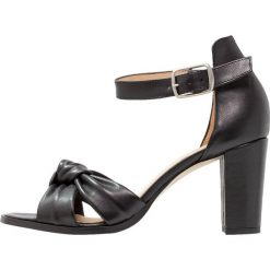 Rzymianki damskie: Pavement SILKE KNOT Sandały black