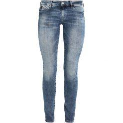 Mavi SERENA Jeans Skinny Fit mid foggy stretch. Niebieskie rurki damskie Mavi. W wyprzedaży za 278,10 zł.