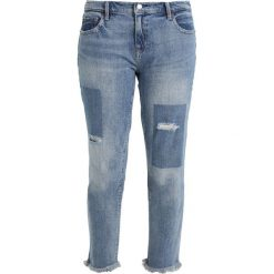 Boyfriendy damskie: GAP GIRLFRIEND SHADOW HILL Jeansy Relaxed Fit medium indigo