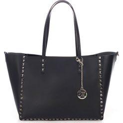 Skórzany shopper bag w kolorze czarnym - 48 x 47 x 15 cm. Czarne shopper bag damskie Black Bags, w paski, ze skóry, na ramię. W wyprzedaży za 324,95 zł.