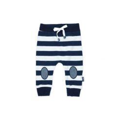 Feetje Spodnie Paski white. Niebieskie spodnie dresowe chłopięce marki Feetje. Za 59,00 zł.