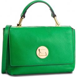 Torebka COCCINELLE - DD0 Liya E1 DD0 58 40 01 Alien Gree/Noir 318. Zielone torebki klasyczne damskie Coccinelle, ze skóry, zdobione. Za 1149,90 zł.
