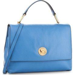 Torebka COCCINELLE - BD0 Liya E1 BD0 18 01 01 Azur/Bleu 763. Niebieskie torebki klasyczne damskie Coccinelle, w ażurowe wzory, ze skóry, duże, bez dodatków. W wyprzedaży za 819,00 zł.