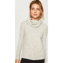 Sweter z golfem - Jasny szar. Białe golfy damskie marki Reserved, l, z dzianiny. Za 79,99 zł.