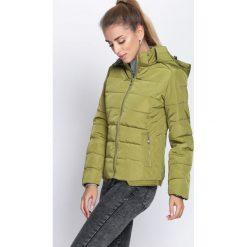 Zielona Kurtka Another Chance. Brązowe kurtki damskie pikowane marki QUECHUA, na zimę, m, z materiału. Za 79,99 zł.