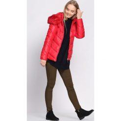 Czerwona Kurtka Gracious. Czerwone kurtki damskie pikowane Born2be, na zimę, l. Za 159,99 zł.