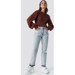 NA-KD Jeansy Open Hem - Blue. Niebieskie spodnie z wysokim stanem NA-KD, z jeansu. Za 80,95 zł.