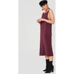 Dr Denim Sukienka Natalia - Red,Purple. Szare sukienki na komunię marki Sinsay, l, z dekoltem na plecach. W wyprzedaży za 121,48 zł.