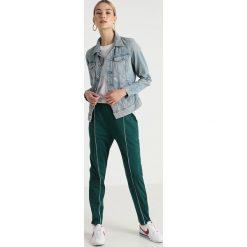 GStar 3301 JKT Kurtka jeansowa lt aged restored 200. Niebieskie kurtki damskie jeansowe marki G-Star, xl. Za 699,00 zł.