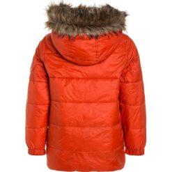 Abercrombie & Fitch ELEVATED PUFFER  Płaszcz zimowy orange. Brązowe kurtki chłopięce zimowe Abercrombie & Fitch, z materiału. W wyprzedaży za 530,10 zł.