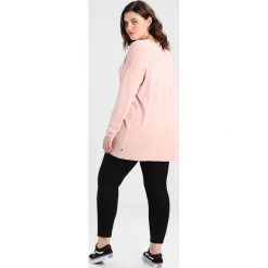 Swetry klasyczne damskie: ADIA VNECK LONG SLEEVES BELLA BASIC Sweter rose smoke