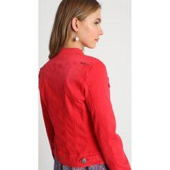 Freeman T. Porter ISMERIE NEW MAGIC COLOR Kurtka jeansowa molten lava. Niebieskie kurtki damskie jeansowe marki Freeman T. Porter. Za 509,00 zł.