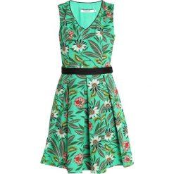 NAF NAF VERDI Sukienka letnia imprime. Zielone sukienki letnie marki NAF NAF, z bawełny. Za 439,00 zł.