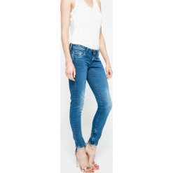 Pepe Jeans - Jeansy. Niebieskie jeansy damskie rurki marki House, z jeansu. W wyprzedaży za 299,90 zł.