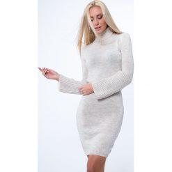 Sukienka swetrowa z golfem beżowa MP32096. Brązowe sukienki marki Fasardi, l, z golfem. Za 69,00 zł.