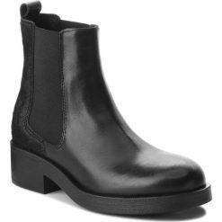 Sztyblety GUESS - FLMOR3 LEA10 BLACK. Czarne buty zimowe damskie Guess, z materiału, na obcasie. Za 739,00 zł.
