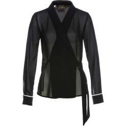 Bluzka kopertowa bonprix czarny. Czarne bluzki z odkrytymi ramionami bonprix, z kopertowym dekoltem. Za 59,99 zł.