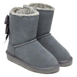 Skórzane botki w kolorze szarym. Szare buty zimowe damskie Carla Samuel, na zimę. W wyprzedaży za 279,95 zł.
