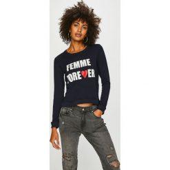 Answear - Bluza Femifesto. Czarne bluzy z nadrukiem damskie marki ANSWEAR, l, z bawełny, bez kaptura. W wyprzedaży za 79,90 zł.