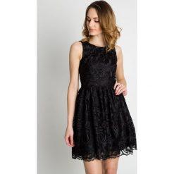 Sukienki: Czarna rozkloszowana sukienka wieczorowa BIALCON