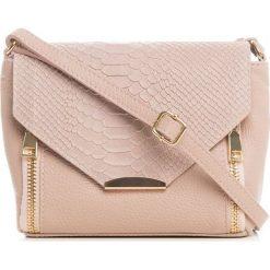 Torebki klasyczne damskie: Skórzana torebka w kolorze jasnoróżowym – 20 x 16 x 6 cm