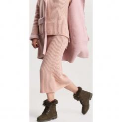 Khaki Traperki Excitability. Brązowe buty zimowe damskie other, z materiału, z okrągłym noskiem, na obcasie. Za 99,99 zł.