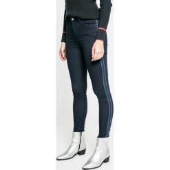 Pepe Jeans - Jeansy Regent Sporty. Niebieskie jeansy damskie rurki Pepe Jeans, z bawełny, z podwyższonym stanem. W wyprzedaży za 269,90 zł.