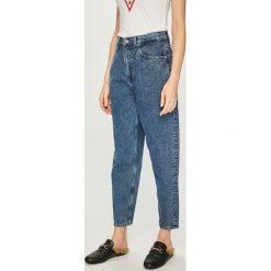 Tommy Jeans - Jeansy. Niebieskie jeansy damskie z wysokim stanem marki Tommy Jeans. Za 539,90 zł.