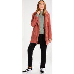 Płaszcze damskie pastelowe: Ivyrevel CAVA Płaszcz zimowy blush
