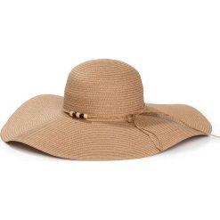 Kapelusz słomowy z ozdobnym elementem bonprix beżowy. Brązowe kapelusze damskie bonprix, na lato. Za 44,99 zł.