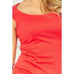 Villette Dopasowana sukienka - Ciemny Koral. Brązowe sukienki balowe numoco, s, z materiału, dopasowane. Za 149,99 zł.