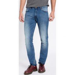 Wrangler - Jeansy Greensboro. Niebieskie jeansy męskie regular marki House. Za 349,90 zł.