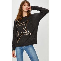 Broadway - Sweter. Szare swetry klasyczne damskie marki Broadway, l, z dzianiny, z okrągłym kołnierzem. W wyprzedaży za 199,90 zł.