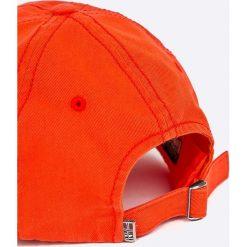 Napapijri - Czapka. Czerwone czapki z daszkiem męskie marki Napapijri, z bawełny. W wyprzedaży za 179,90 zł.