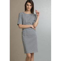 Sukienki: Sukienka z geometrycznym wzorem II