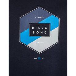 Billabong ACCESS Bluza navy. Niebieskie bluzy chłopięce marki Billabong, z bawełny. W wyprzedaży za 151,20 zł.