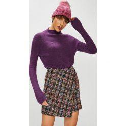 Medicine - Sweter Basic. Brązowe swetry klasyczne damskie MEDICINE, l, z dzianiny, z dekoltem w łódkę. W wyprzedaży za 79,90 zł.